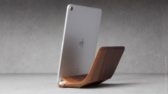 07 yohann product YP1WA ipad pro stand with apple pencil holder large size walnut wood in position 1 with ipad pro in portrait orientation